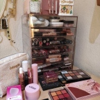 Make up Declutter, clean and organise
