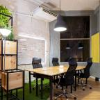 8 Simple Ideas to Create an Inviting Office Space