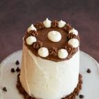 Chocolate and Vanilla Tiered Cake